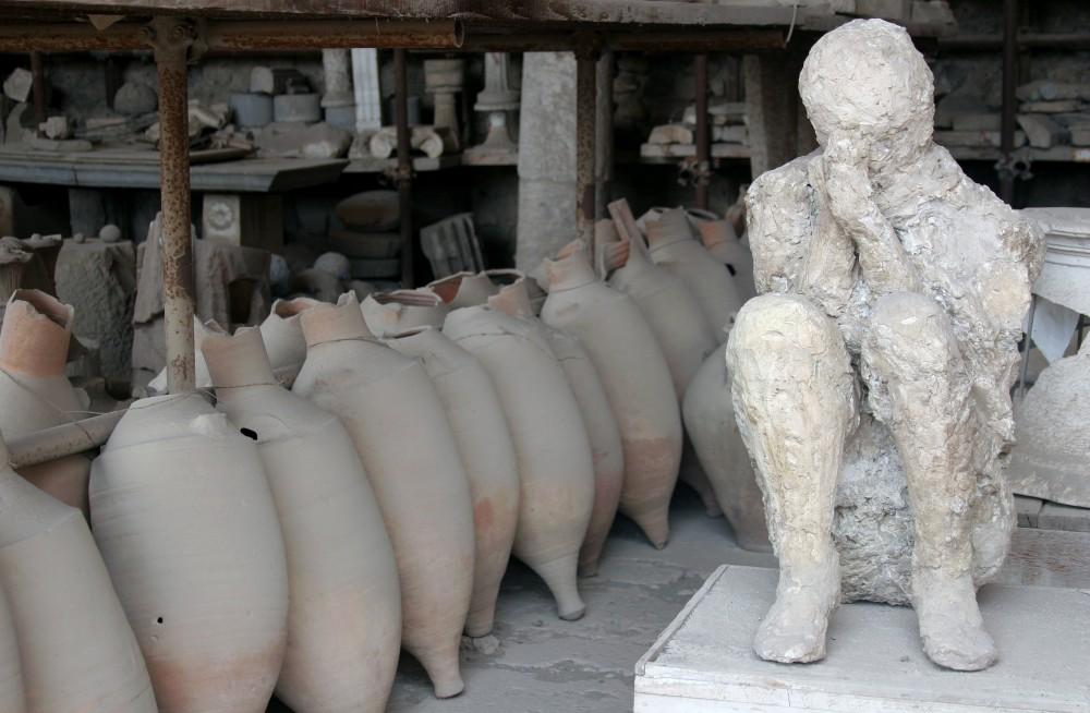 exhibit from pompeii